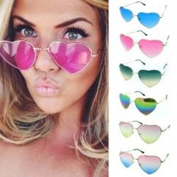 női Retro Vintage szív alakú napszemüveg 1db