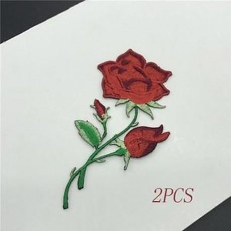 679414b541 2db - 2 / 5Pcs póló Craft Motif hímzett varrás / vasaló Applique Patch Rose  Flowers