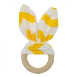 Sárga fehér. Baba fogzási gyűrű kézzel készített természetes fából készült chewie teether nyuszi érzékszervi