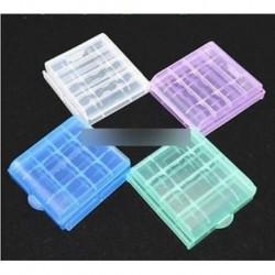 Hordozható 4x műanyag áttetsző toktartó tároló doboz AA AAA akkumulátorhoz