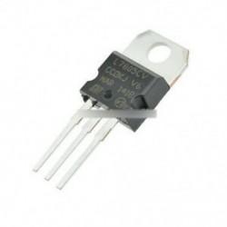 20db LM7805 L7805 7805 TO-220 feszültségszabályozó IC teteje