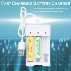 USB 3 bővítőhelyes Gyors töltésű akkumulátortöltő rövidzárlat elleni védelem AAA / AA újratölthető akkumulátor