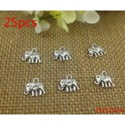 75db Tibet ezüst Retro stílusú ötvözet Charm medál Lovely elefánt 15x12mm