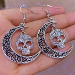 Ezüst félhold hold fülbevalók, koponya fej, hold lógó fülbevalók, kézzel készített