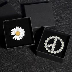 Divat százszorszép virág GD bross farmer dzseki ruha hajtókával tűk ékszer ajándék