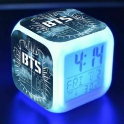 BTS logós - Színváltós LED ébresztőóra naptárral és hőmérővel - KPOP - BTS - Bangtan Boys - 2