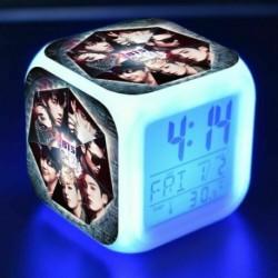 BTS csoportképes - Színváltós LED ébresztőóra naptárral és hőmérővel - KPOP - BTS - Bangtan Boys - 1