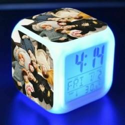 6. - BTS Bangtan Boys LED Nachtlampe színes váltó Lichter digitális riasztó Wecker mód