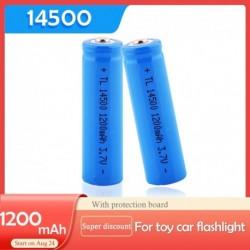 2PCS / LOT EastFire AA 14500 1200mah 3,7 V-os újratölthető lítium-ion akkumulátorok és LED-es elemlámpa, ingyenes