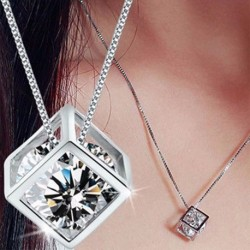 Női ezüst színű kristály  strasszos Medál Nyaklánc